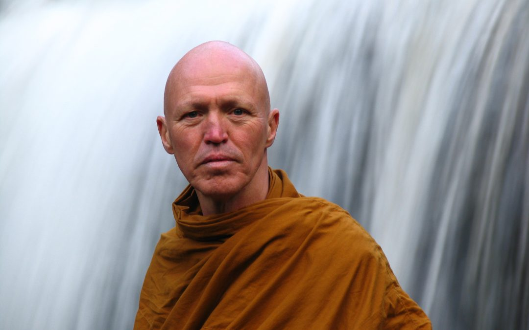 Using the Body to Train the Mind – Ajahn Sucitto